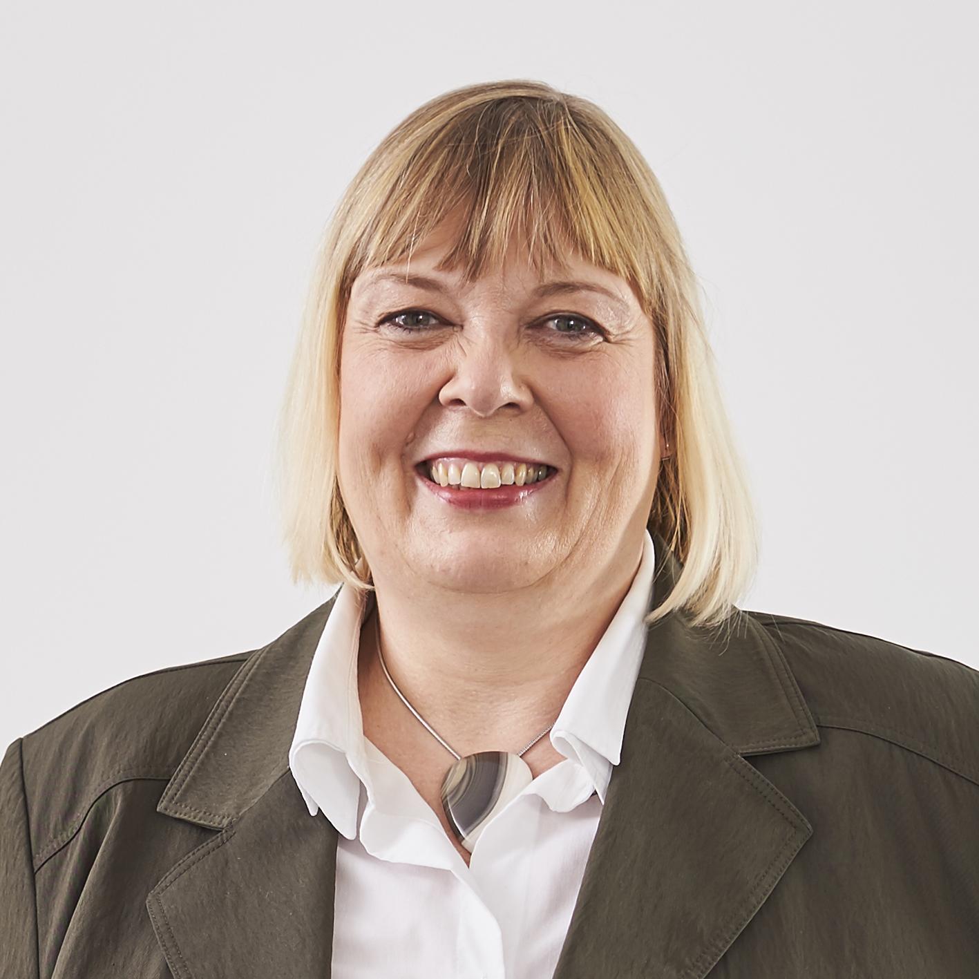 Anja Bender ist die persönliche Assistentin des Geschäftsführenden Gesellschafters der Thomann GmbH. Thomann Executive Search.